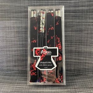 Other - 🌸2/$15🌸Collectable Chopsticks With Fabric Pouch